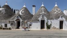 Model de conservare a valorilor culturale: Alberobello, satul medieval din inima orașului