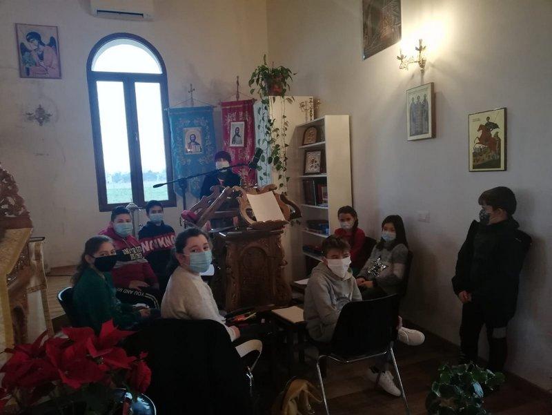 Activități catehetice și de lucru manual în Parohia Padova Nord Limena